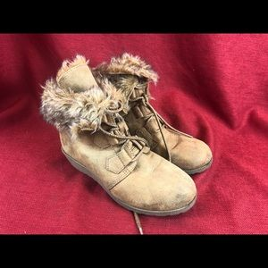 Stevie's size 3 suede furry ankle boots